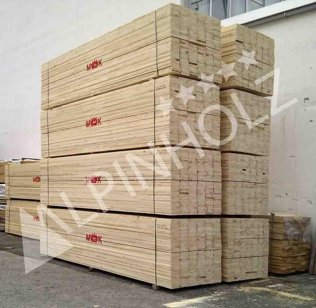 Alpinholz usa madera de abeto de primera calidad de los Alpes