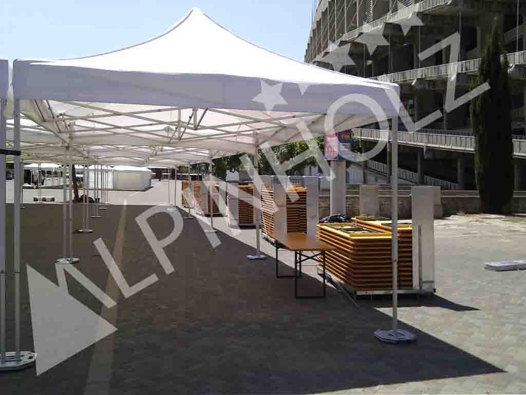Contenedor Alpinholz de transporte para las mesas y bancos plegables de madera