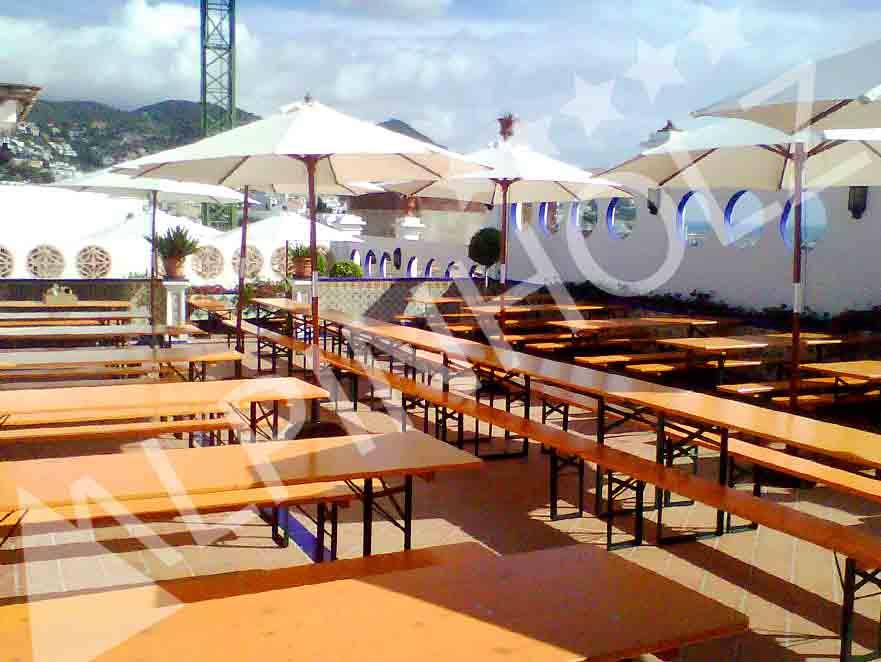 Mesas y bancos plegables de madera, mesas cerveceras para oktoberfest Alpinholz