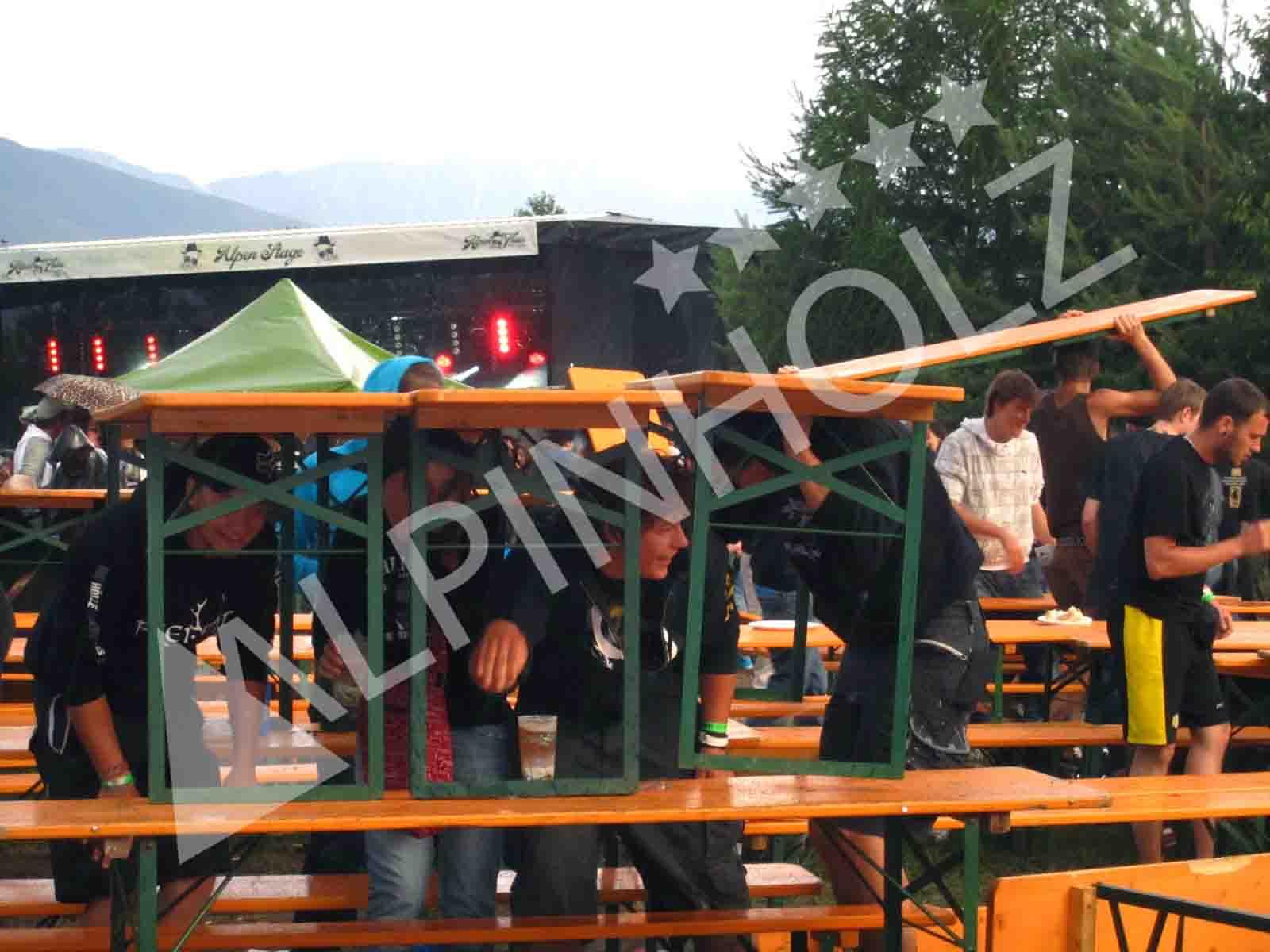 Mesas y bancos plegables alemanas de Alpinholz