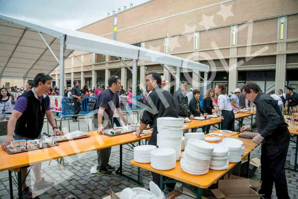 Mesas plegables de madera,, mesas para eventos de empresa Alpinholz