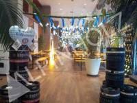 Mesas y bancos plegables para Oktoberfest de Alpinholz, mesas plegables de madera