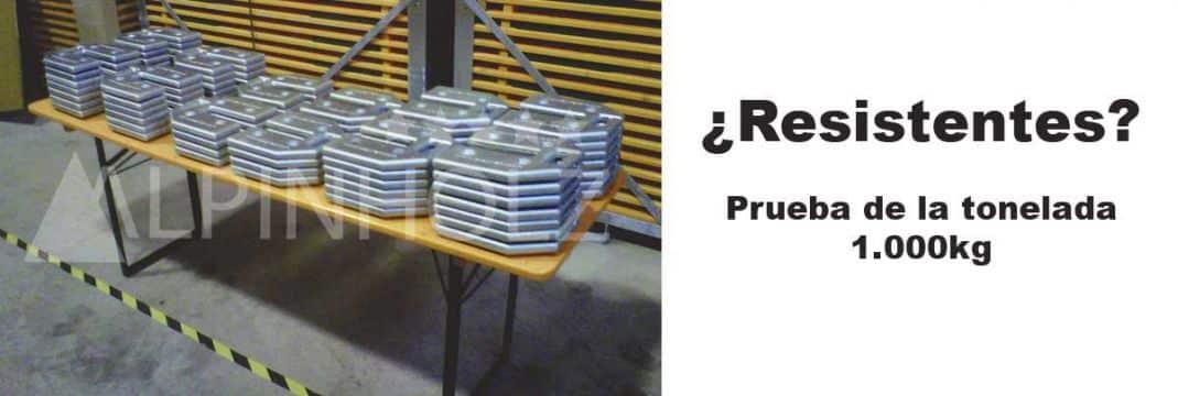 La prueba de la tonelada, mesas plegables resistentes de Alpinholz